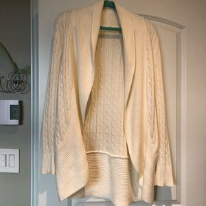 Sweaters - Cream/White Cardigan